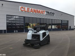 Kehrmaschine LKW Nilfisk SW5500 LPG sweeper 2017