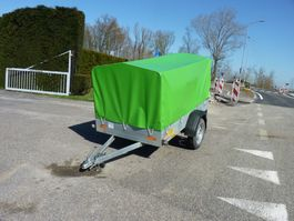 tilt car trailer Saris huifwagen in nette staat