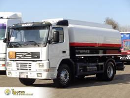 tank truck Volvo FM7-310 + Manual + ADR + 15000 L + 4 comp 2002