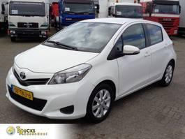 Kombilimousine Toyota Yaris XP13M + Euro 5 + Manual 2012