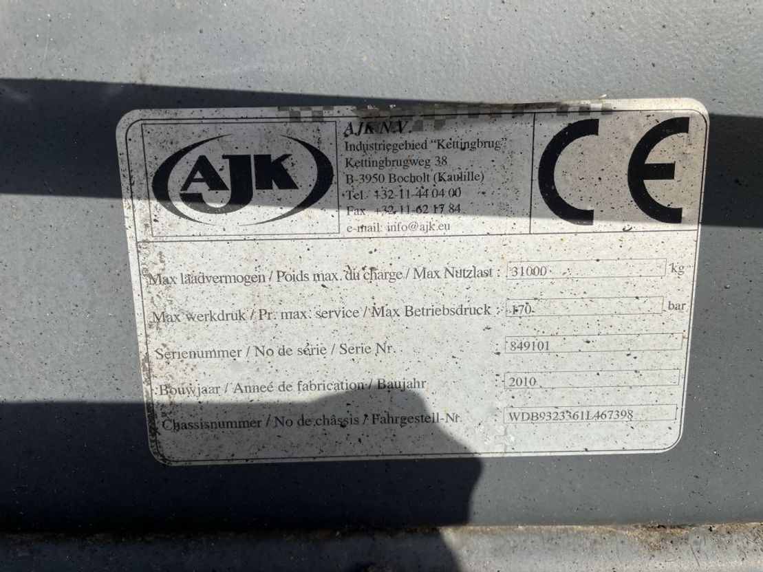 LKW Kipper > 7.5 t Mercedes-Benz Actros 5044 10x8 Kipper 2010
