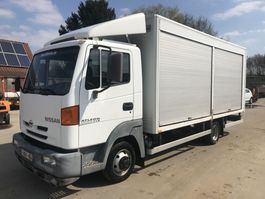 closed box truck Nissan ATLEON **BELGIAN TRUCK-94.000KM-STEEL SUSPENSION** 2001