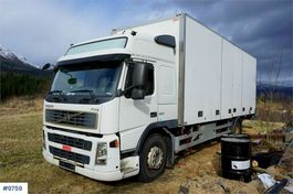 closed box truck Volvo FM9-300 4x2 Box truck with side opening and lift. 2004