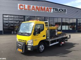 gritter truck Mitsubishi Canter 5S13 Nido nat zoutstrooier 2010