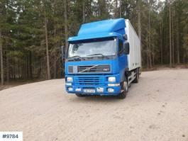 closed box truck Volvo FM7 box truck w / lift & full side opening 1998