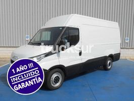 closed box truck Iveco DAILY 35S12 12M3 2016