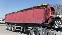 tipper semi trailer MOL 28 m³ geïsoleerde kipper 2001