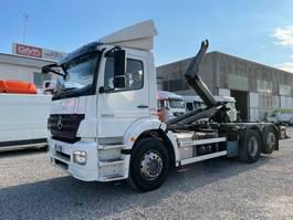 tipper truck > 7.5 t Mercedes-Benz Axor 2533  2008