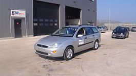 Kombinationskraftwagen Ford Focus 1.6i (AIRCONDITIONING) 2000