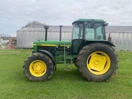 Landwirtschaftlicher Traktor John Deere 3650 1993