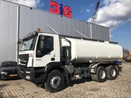 tank truck Iveco Trakker 380 6x4 water truck Ravasini 20000 L 12TKM only! 2013