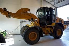 wheel loader Caterpillar 930 M w / bucket & 2 sets of tires 2015