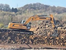 crawler excavator Liebherr R924 2013
