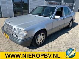 sedan car Mercedes-Benz 124type e280 automaat airco 1994