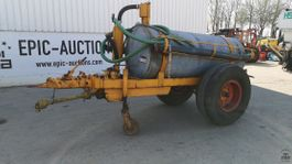 fertiliser spreader 1975
