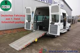 closed lcv Ford 125T300 9 Sitze & Rollstuhlrampe 1. Hand 2013