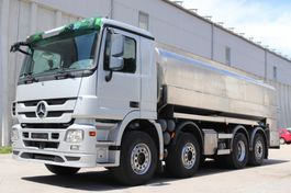 tank truck Mercedes-Benz Actros 3246 Milch isoliert E5 8x2 MP3 Leasing 2009
