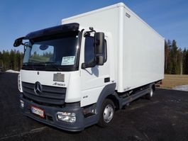 closed box truck Mercedes-Benz Atego 4X2 4220 2015