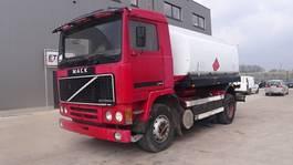 tank truck Volvo F 10 - 320 (STEEL SUSP. / 10500 L) 1985