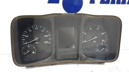 Dashboard truck part Mercedes-Benz Actros 2015