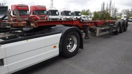 container chassis semi trailer Renders 40' HC Containerchassis (2 stuks) 2006