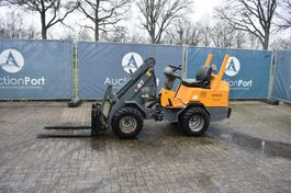articulated loader Giant D262S 2008