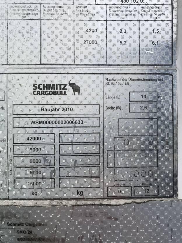 Kühlauflieger Schmitz Cargobull SKO24  carrier vector 2 stuurassen 2010