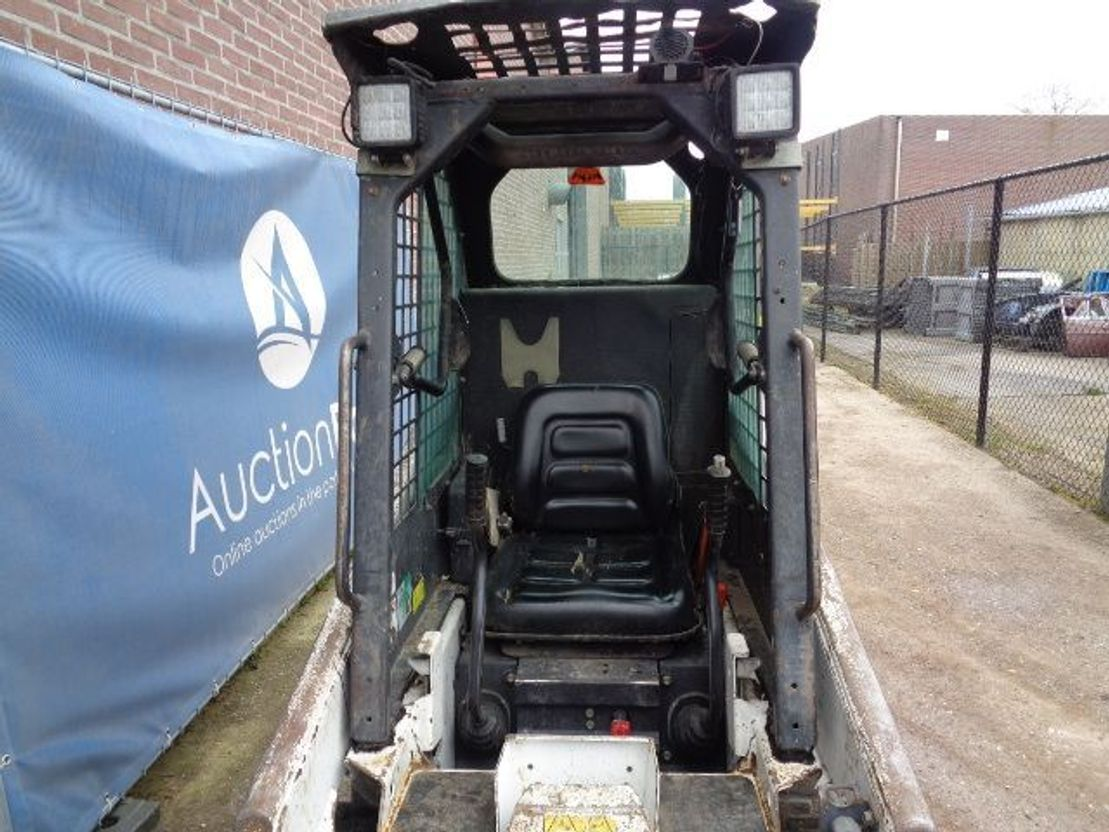 skid steer wheeled loader Bobcat S70 2015