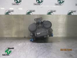 Brake system truck part DAF XF 106 1867002 ACHTERAS MODULATOR EURO 6