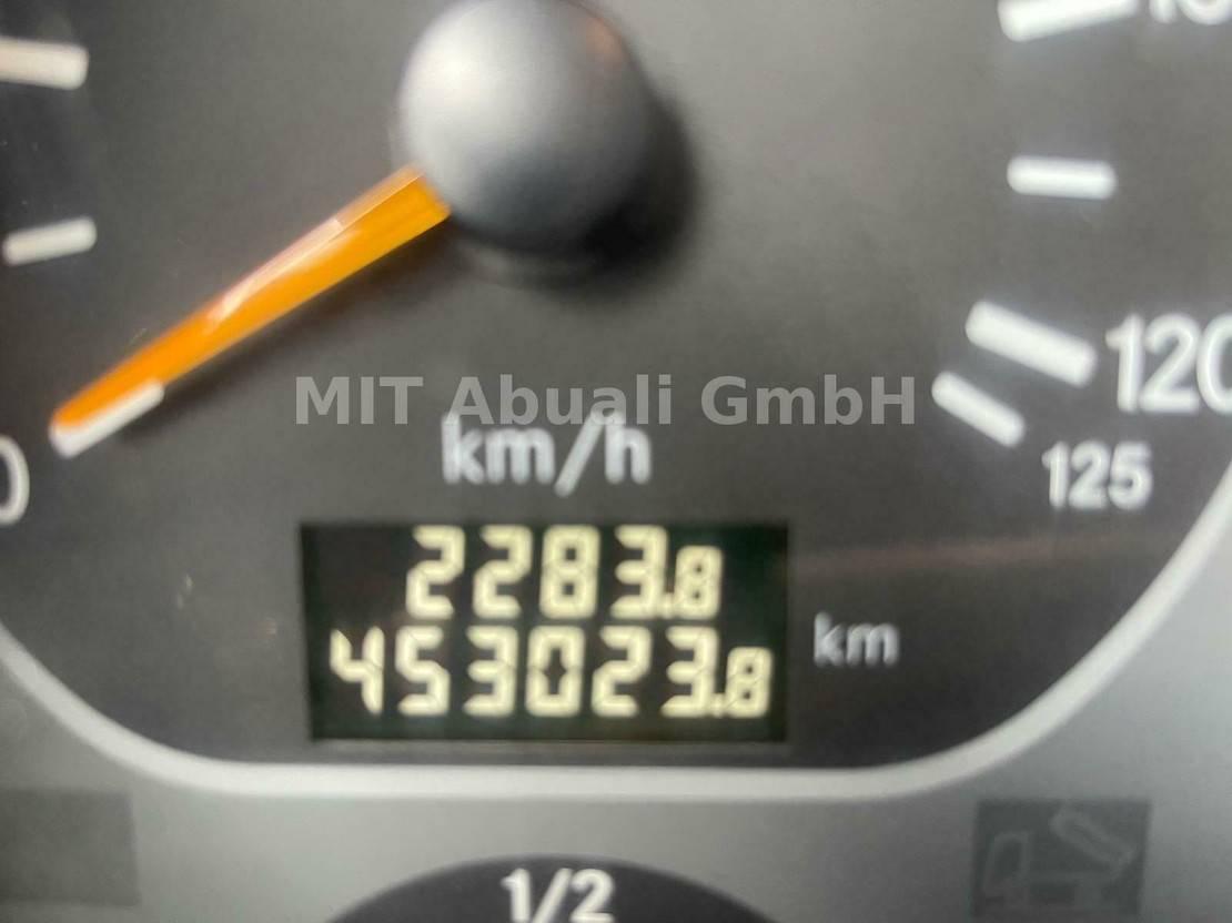 Betonmischer-LKW Mercedes-Benz 3236 - 8X4 Betonmischer/Betonpumpe* Schwing** 2007