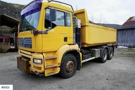 tipper truck > 7.5 t MAN TGA 28.410 6x2 tipper truck 2005