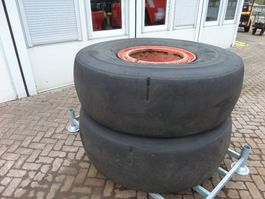 Wheel with tire truck part Goodyear 18.00 x 25 2005