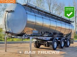 feed semi trailer Burg 3 axles 37.000 Ltr Pump / Screw / Weighing / Steeraxle 2002