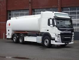 tank truck Volvo FM13.460 6x2*4 Fuel tank - 18.500 L - Steering axle - Euro6 2014