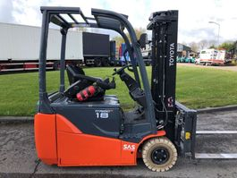 forklift Toyota 8FBE18T 2016