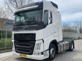 cab over engine Volvo FH 460 LIKE NEW 2015
