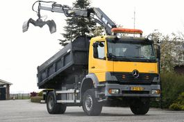 tipper truck > 7.5 t Mercedes-Benz Atego 1823 AK !!4x4!! CRANE RADIO REMOTE!! 3-sided Tipper!!MANUELL GEARBOX!! 2003