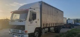 sliding curtain truck Volvo FL7