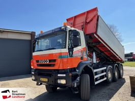 container truck Iveco AD380T41W 8x6 met kabelcontainersysteem 2012