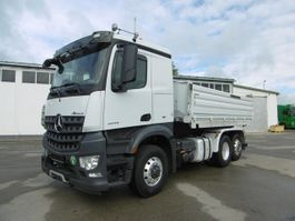 tipper truck > 7.5 t Mercedes-Benz 03.2021 2645 Arocs 6x4 HAD GG 26to Euro 6 Retarder 2016