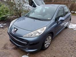 hatchback car Peugeot Peugeot 207 4*2