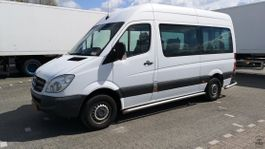 minivan - passenger coach car Mercedes-Benz Sprinter 313CDI