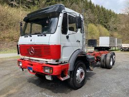chassis cab truck Mercedes-Benz 2235 ** Fahrgestell/EPS/Blatt/M-Haus ** 1986
