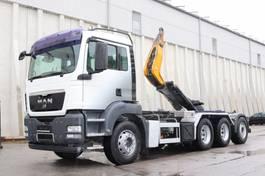 container truck MAN TGS 35 E5 8x4 Tridem AHK 2009