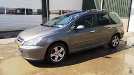 convertible car Peugeot 307 SW Exclusive 2.0i 16V Aut. 2003
