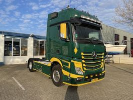 cab over engine Mercedes-Benz Actros 1848 2 bed, 2 seat, lether 2013