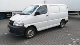 closed lcv Toyota HiAce 2.5 D-4D 95 SOD