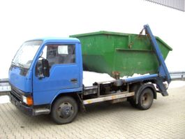 Container-LKW Mitsubishi Canter 4x2 eFH. 1994
