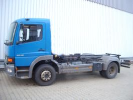 chassis cab truck Mercedes-Benz Atego 1218 4x2 Klima/Sitzhzg./eFH./Radio 2001