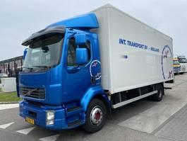 box truck Volvo FL 240 4X2 + LAADKLEP 2012